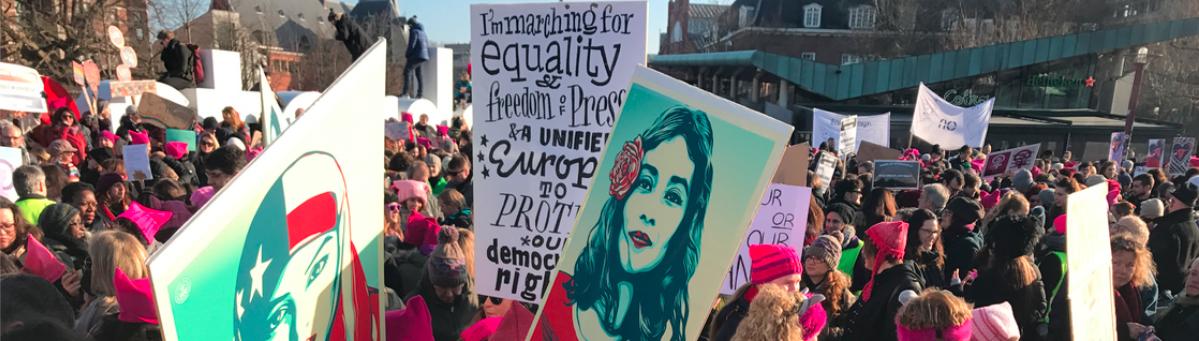 WINGS: Women's International News Gathering Service